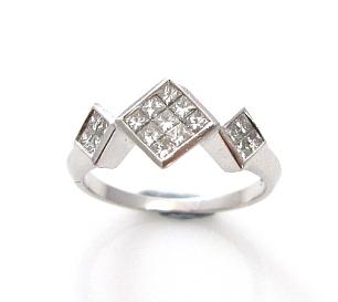 טבעת יהלומי פרינסס דגם פרינסס