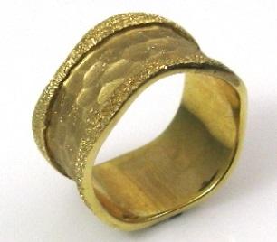 טבעת נישואין דגם פרדיטה