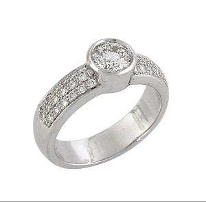 טבעת יהלומים לאירוסין דגם יוברטה