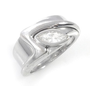 טבעת יהלום מרקיזה סוליטר דגם נוגה