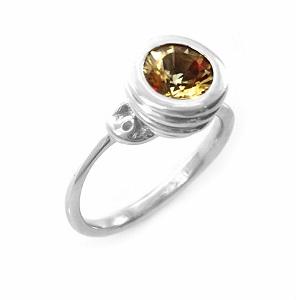 טבעת סקפולייט סוליטר דגם אביב