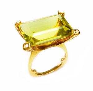 טבעת קוורץ צהוב ירקרק ויהלומים דגם אביגייל