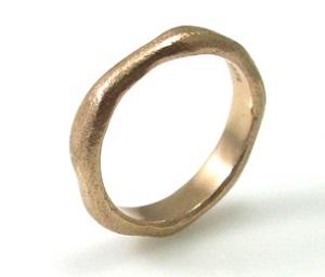 טבעת נישואין דגם שירלי זהב ורוד
