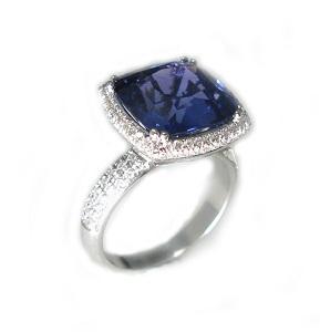 טבעת ספיר כחול ויהלומים דגם ברטה