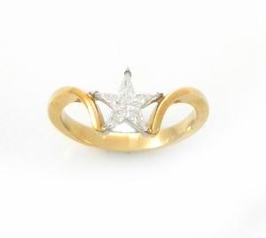 טבעת יהלומים דגם כוכב וונדר
