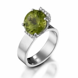 טבעת פרידוט ויהלומים דגם בלום
