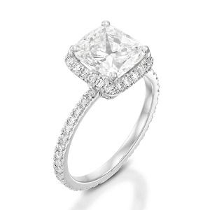 טבעת יהלום קושן ויהלומים דגם אורורה
