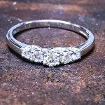 טבעת לוצ'יה ביהלומים