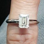 טבעת סוליטר יהלום אמרלד דגם מונה