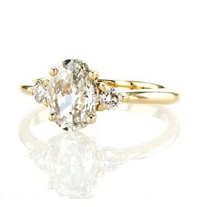 טבעת יהלומים דגם ריאה