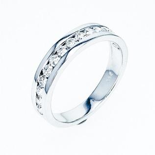 טבעת יהלומים שורה צ'אנל 0.55 קרט