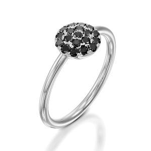 טבעת יהלומים שחורים בזהב לבן דגם Berry